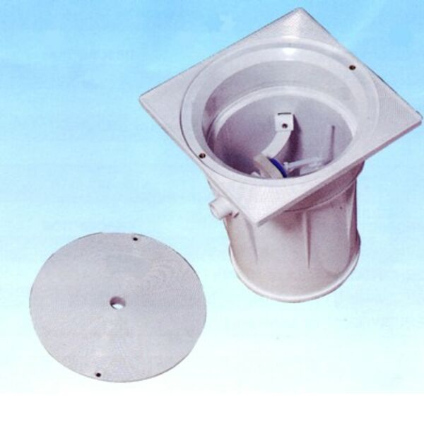Swimming pool Automatic water leveler
